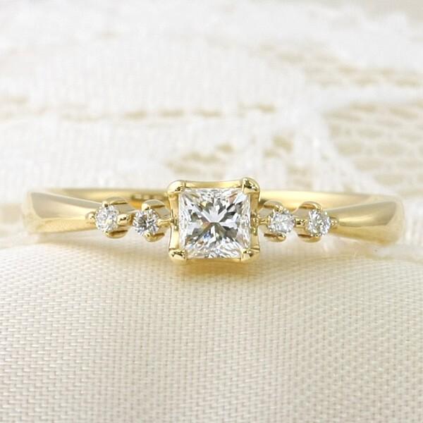 エヴァンスオリジナル婚約指輪ーリトルプリンセスゴールドモデル