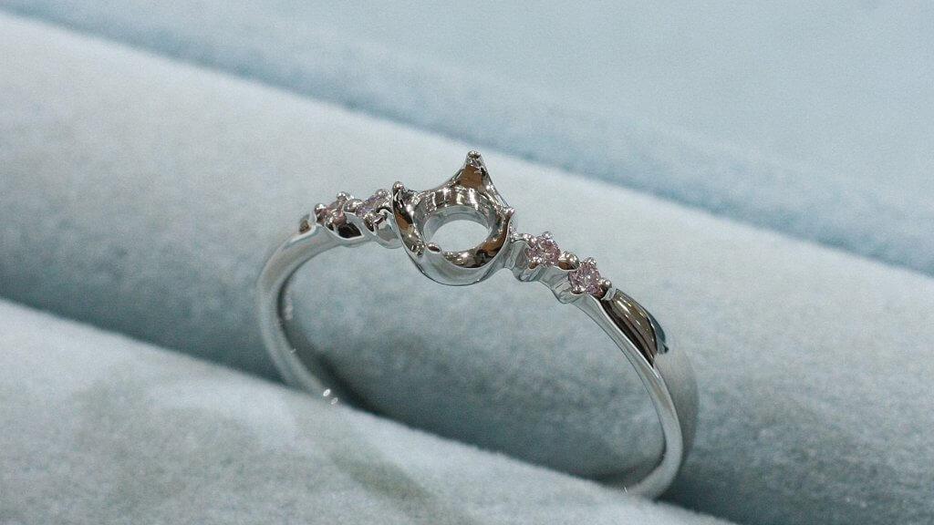 ダイヤモンド婚約指輪