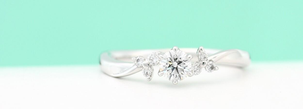 婚約指輪トップ
