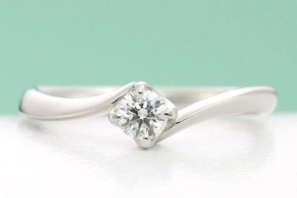 一つ石の婚約指輪
