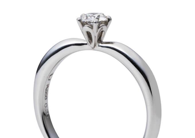 星の砂婚約指輪ローザ