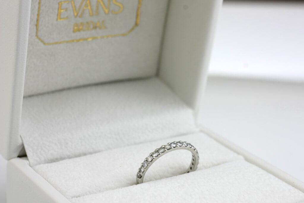 ダイヤモンド指輪をジェリーリフォーム