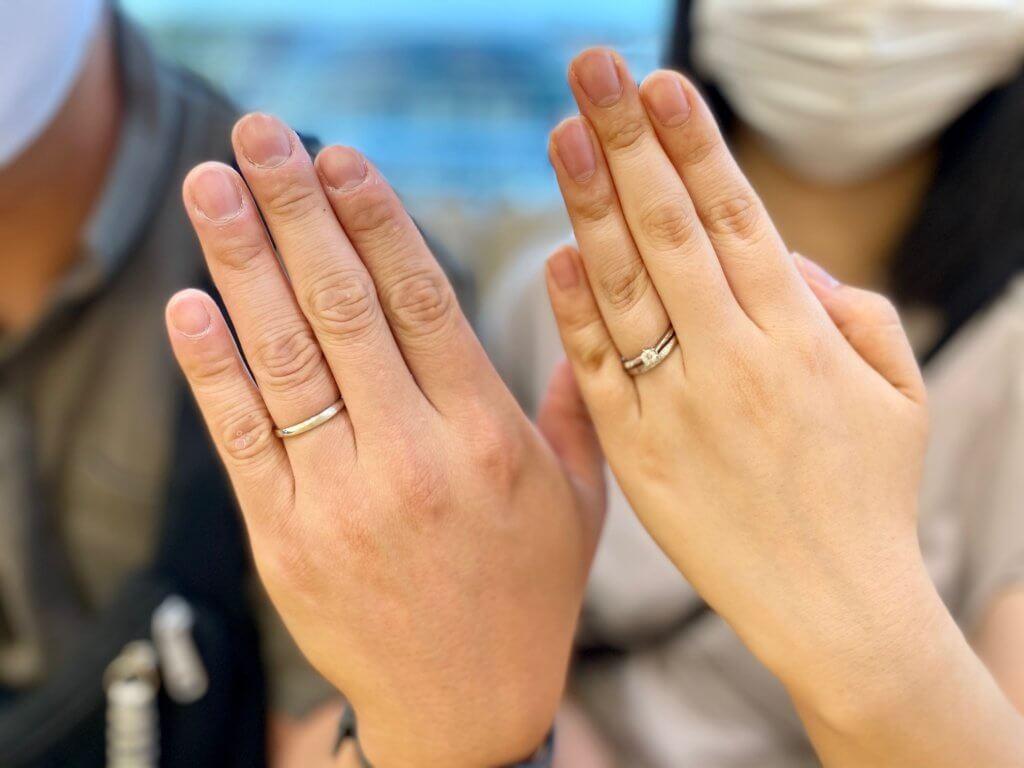 星の砂婚約指輪との重ね着け